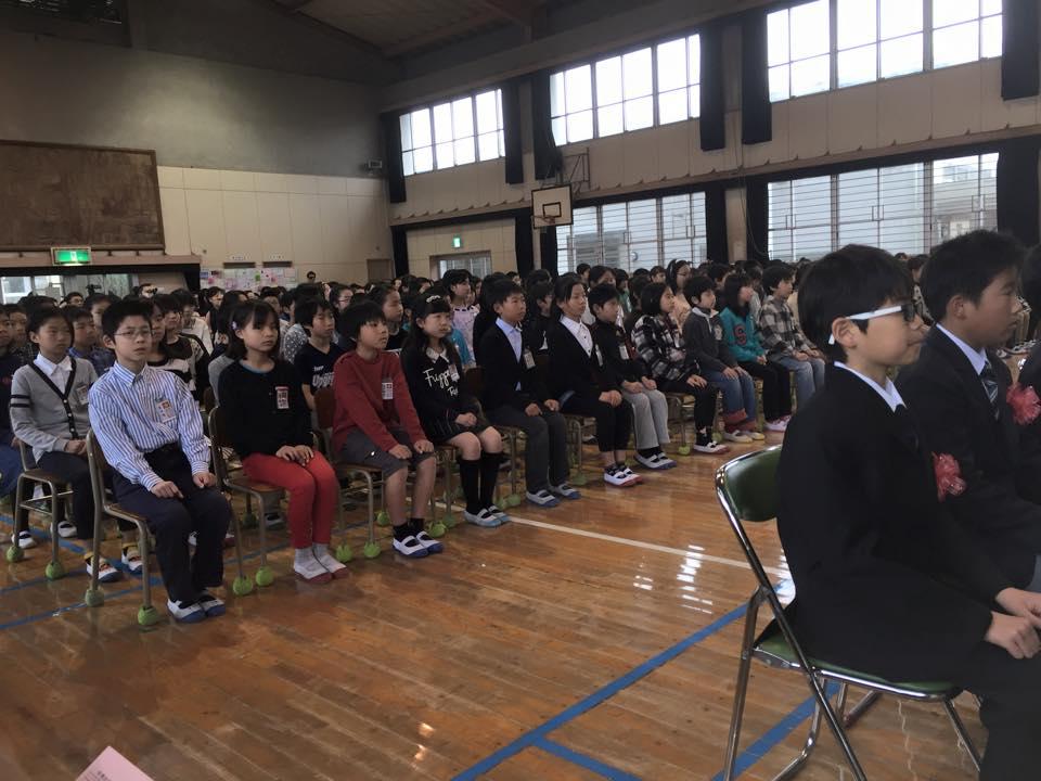 巣立ちの春 ≪原小学校卒業式≫ 福...